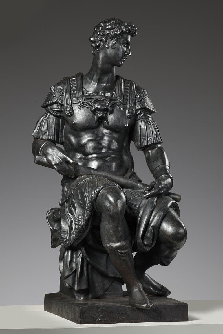 Groot gietijzeren beeld van Giuliano de' Medici