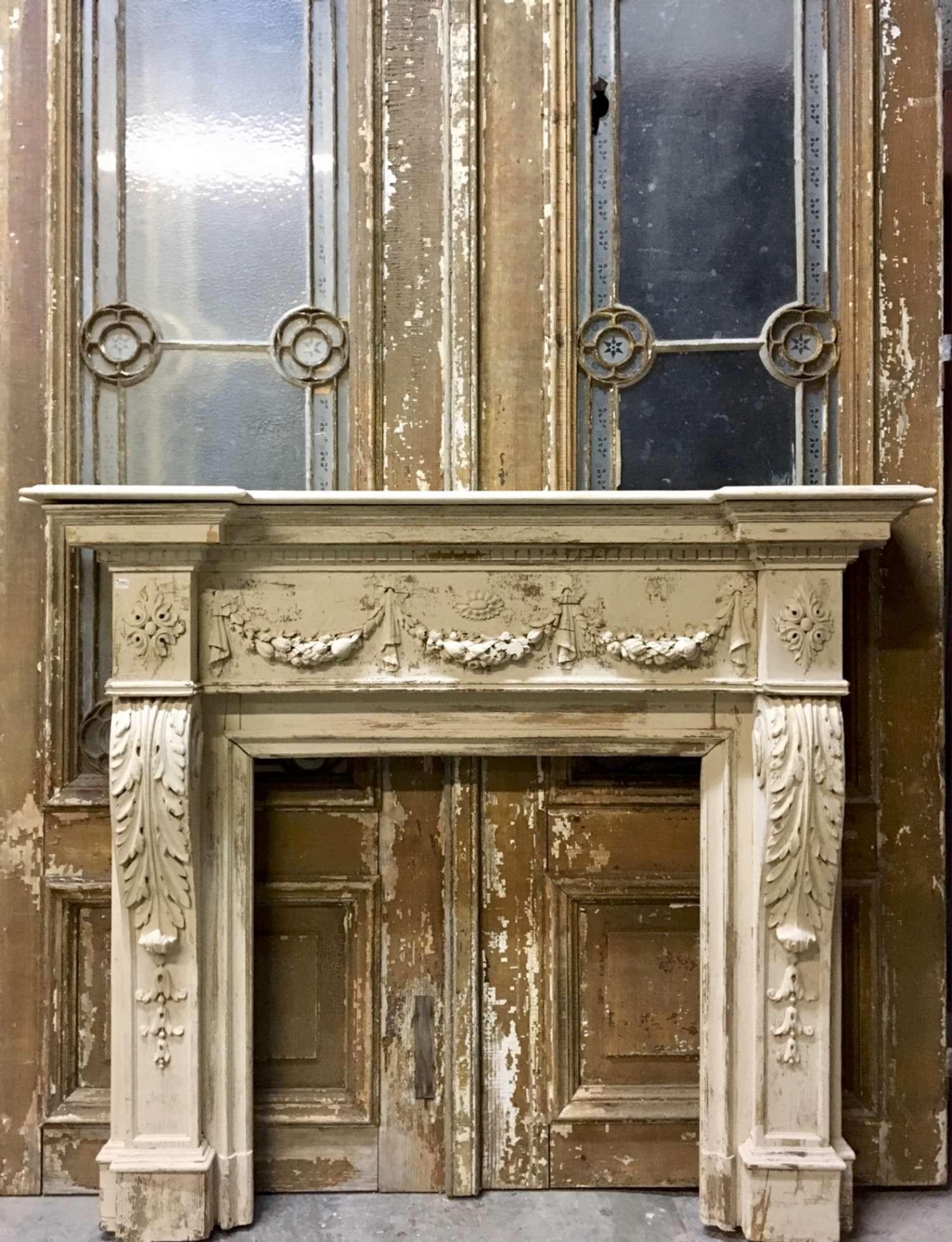 Oude gestoken houten schouw in Louis XVI stijl VERKOCHT
