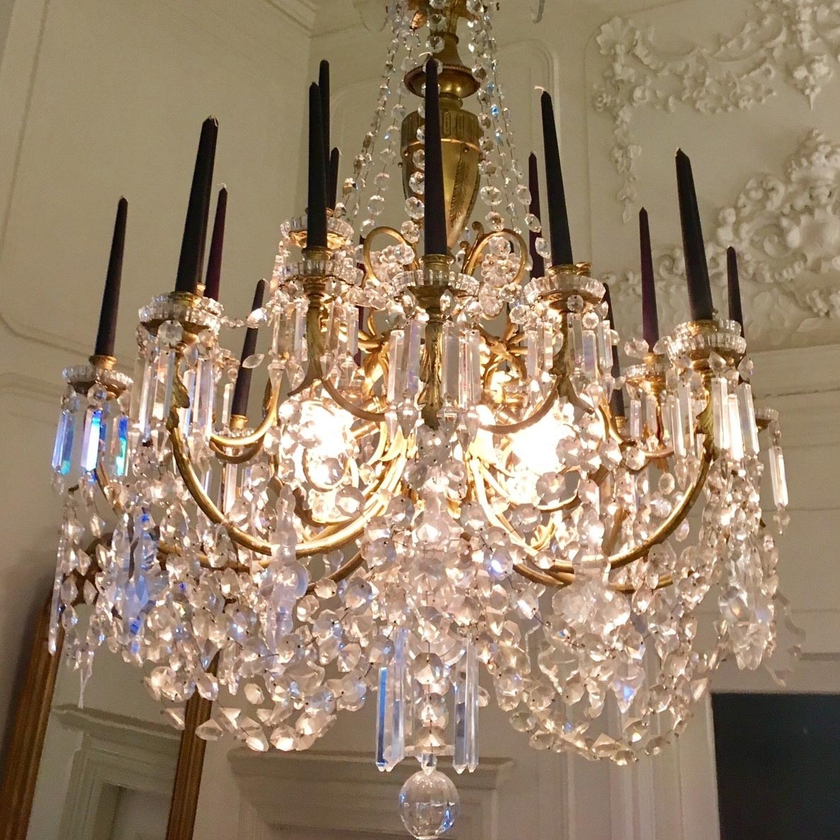 Large mid 19th century French chandelier