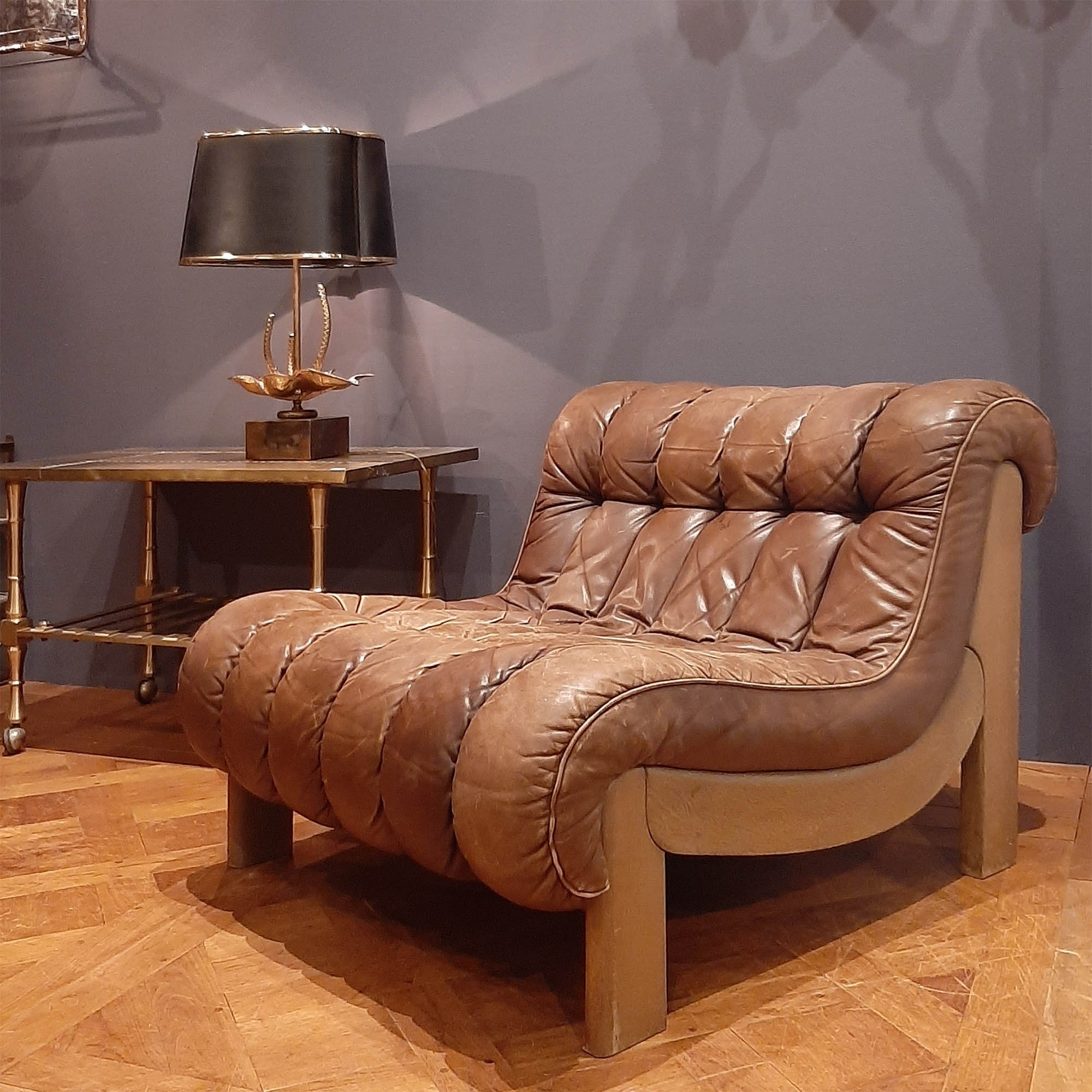 Leather armchair in the De Sede style