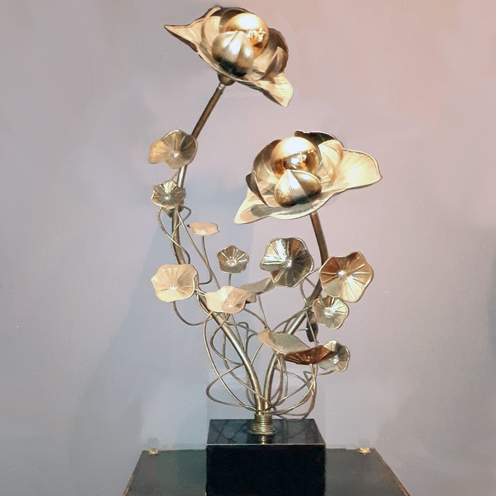 Maison Jansen messing tafel lamp bloemen vorm midcentury
