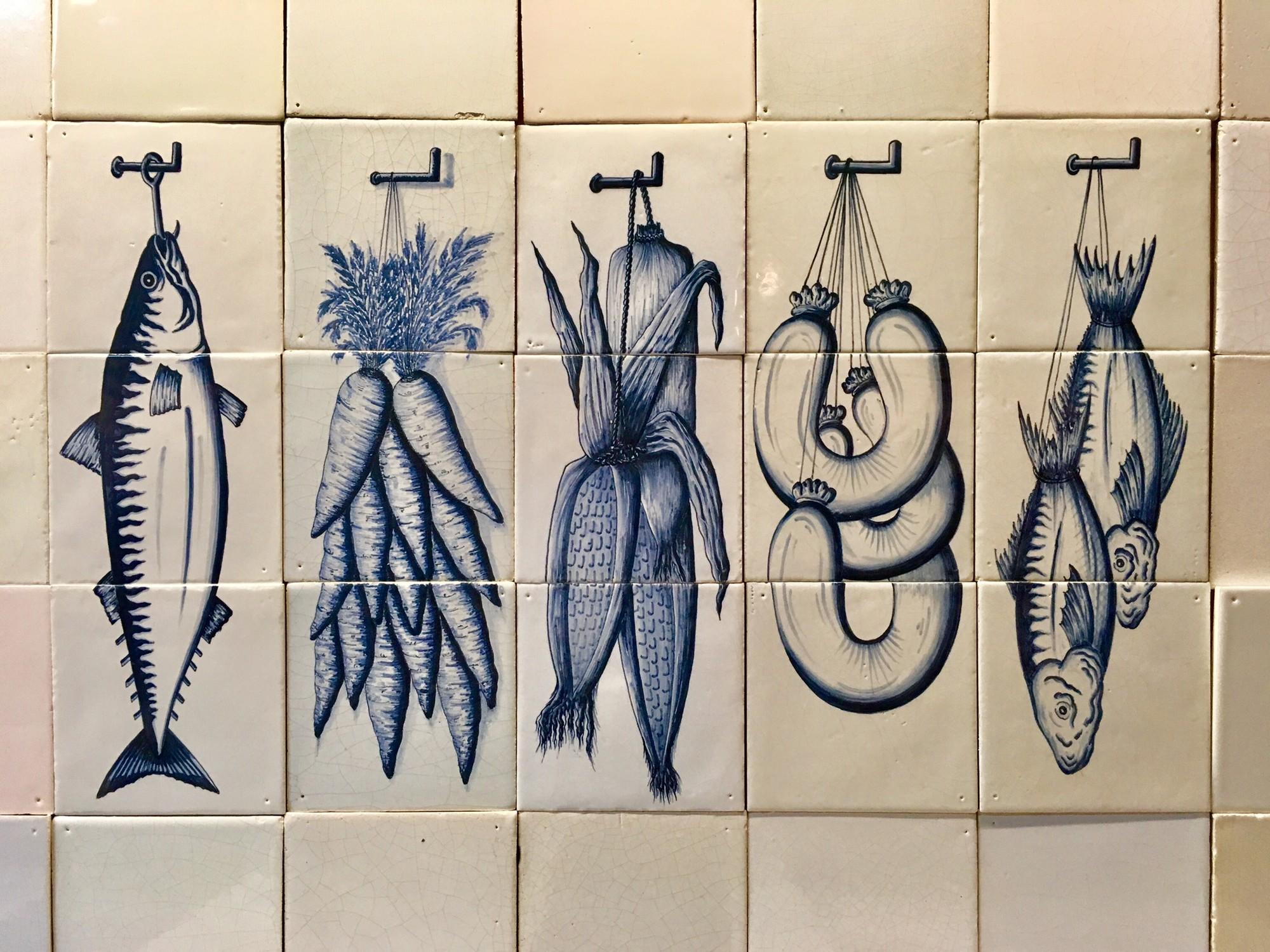 Tile tableaus